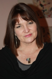 Author Pic Beth F